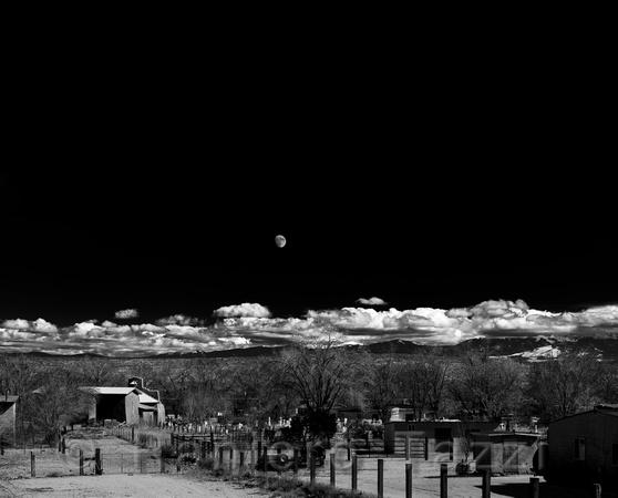 Raniero Tazzi Photography My Moonrise Hernandez Photo Description